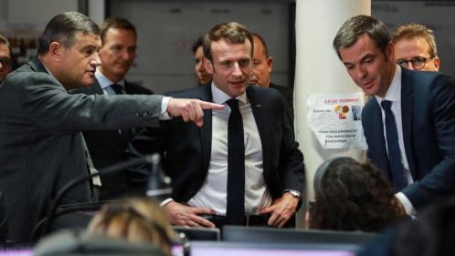 Covid-19 : Emmanuel Macron en visite dans un centre du Samu