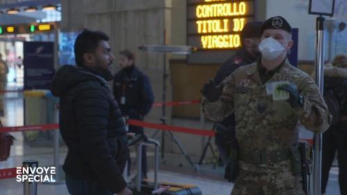 """VIDEO. Coronavirus : dans Milan en quarantaine, """"il y a un climat de panique générale"""""""