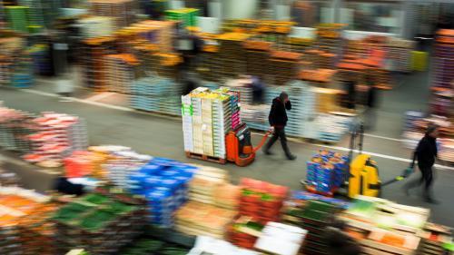 Coronavirus : un bâtiment du marché de Rungis va être transformé en morgue