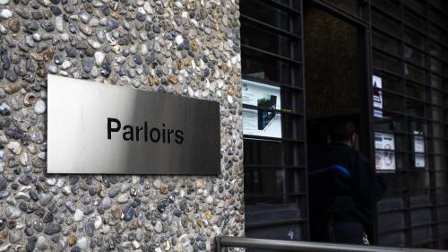 """Les avocats inquiets des restrictions de visites imposées dans les prisons : """"On navigue à vue"""""""