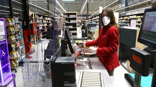 Coronavirus : les caissières et caissiers dénoncent leurs conditions de travail