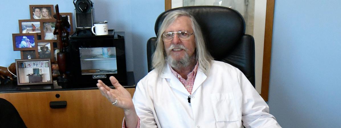 Le professeur Didier Raoult, le 26 février 2020, à Marseille (Bouches-du-Rhône).