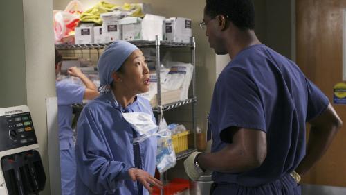 """Coronavirus : """"Grey's Anatomy"""", """"Good Doctor"""" et d'autres séries donnent leurs stocks de masques aux soignants"""