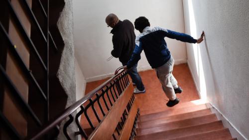 """Coronavirus et jeunes en foyer : """"C'est une difficulté de ne pas pouvoir rentrer"""" dans leur famille"""