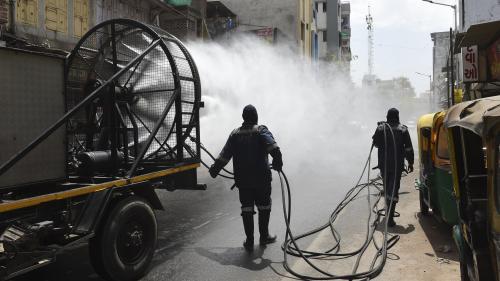 DIRECT. Coronavirus : l'Inde ordonne un confinement total à ses 1,3 milliard d'habitants pendant trois semaines