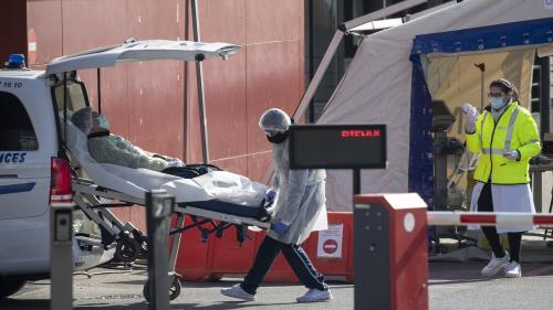 """Coronavirus : """"C'est exceptionnel, mais cela peut se reproduire"""", explique un virologue après la mort d'une adolescente de 16 ans"""