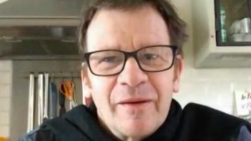Coronavirus : la bonne humeur du comédien Philippe Lelièvre est contagieuse