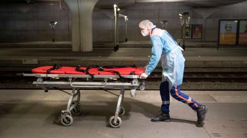 Coronavirus : avec 509 décès supplémentaires en 24 heures, la barre des 4 000 morts à l'hôpital est franchie en France