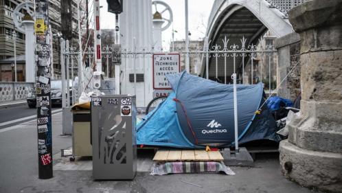 Confinement : une clinique éphémère pour les personnes sans-abri à Paris
