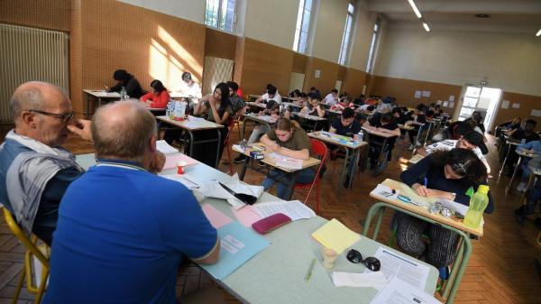 Baccalauréat : un examen validé au contrôle continu