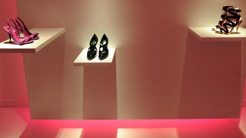 Le créateur italien Sergio Rossi, fondateur de la marque de chaussures, est mort à 85 ans des suites du coronavirus