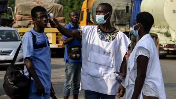 """Le coronavirus en Afrique """"est en train de se diffuser de façon massive"""", explique un épidémiologiste"""