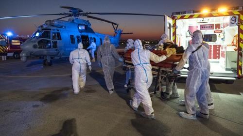 """""""C'est une routine effroyable, on ne voit que des patients graves"""" : le journal de crise de Valentine, urgentiste et soldat de la lutte contre le coronavirus"""