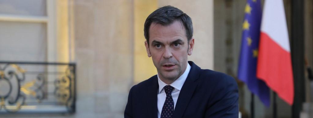 Le ministre de la Santé Olivier Véran lors d'un point-presse à l'Elysée, à Paris, le 24 mars 2020.  | LUDOVIC MARIN / POOL / AFP