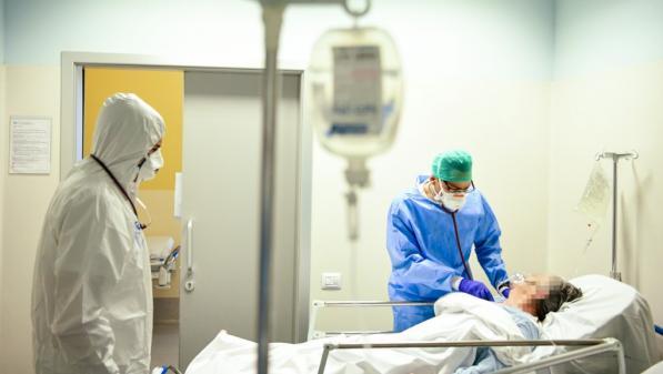 Coronavirus : bref répit de l'épidémie en Italie