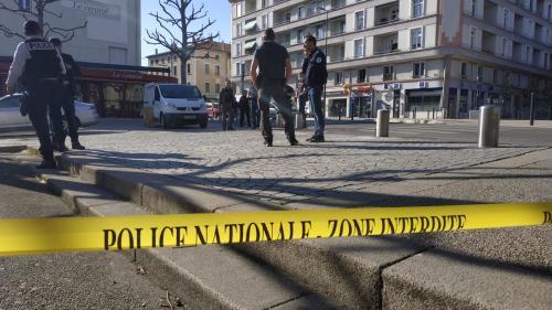 """Attaque meurtrière de Romans-sur-Isère : """"Il a pris un couteau de boucherie et il a tué quelqu'un"""""""
