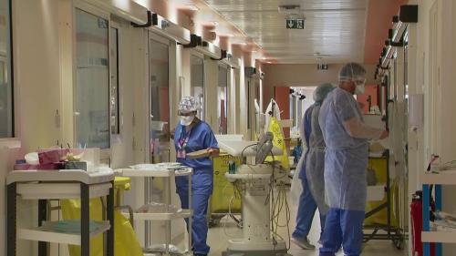 Coronavirus : un hôpital sous tension à Melun