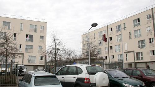 Yvelines : deux enquêtes ouvertes après des incidents entre habitants et policiers, une fillette blessée, l'IGPN saisie