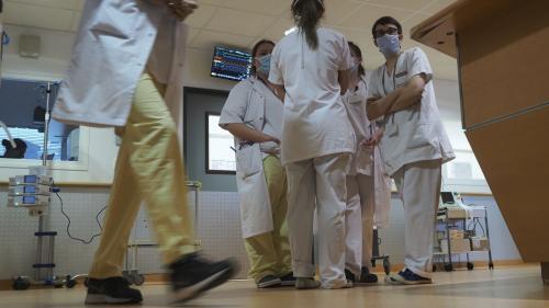 """Coronavirus : après l'annonce de la suspension des plans hospitaliers, le syndicat national des professionnels infirmiers estime que ce sont """"des mots"""" et attend """"les faits"""""""