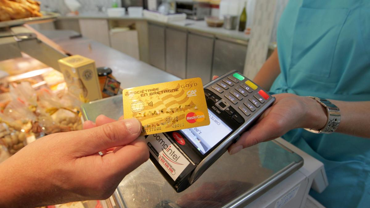 Le Brief Eco Covid 19 Les Paiements Sans Contact S Envolent