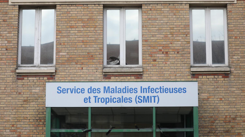 """Coronavirus : """"Nous nous préparons à un jeudi noir"""" en France, se désespère une réanimatrice de Bichat"""