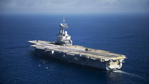 """Coronavirus : une quarantaine de cas suspects à bord du """"Charles de Gaulle"""", le porte-avions rentre à Toulon"""
