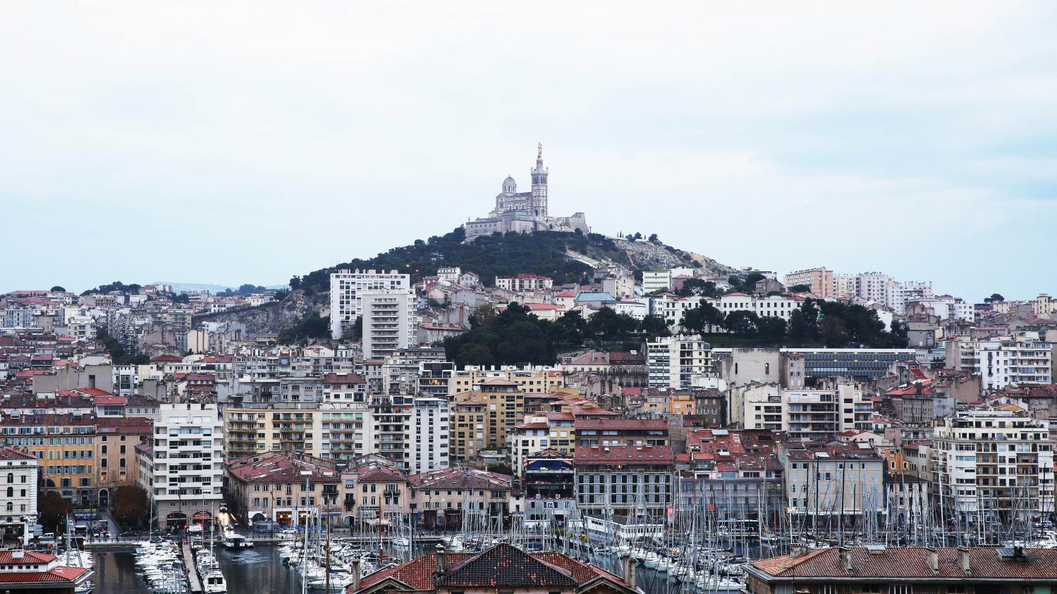 """Coronavirus : Marseille est-elle vraiment """"la population la plus testée au monde"""" ?"""