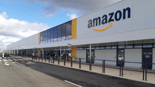 """Restriction de l'activité d'Amazon : """"On estchoqué de voir des godemichés ou des drones"""" envoyés, dénonce un délégué CGT"""