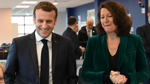 """Coronavirus : Emmanuel Macron prend la défense d'Agnès Buzyn dans une interview au """"Point"""" et """"assume totalement"""" le maintien des municipales"""