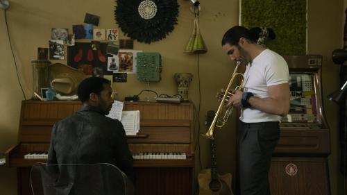 """VIDEO. Regardez la bande-annonce de """"The Eddy"""", la mini-série musicale coréalisée par Damien Chazelle"""