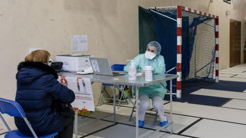 Coronavirus : près de 4 000 arrêts de travail et 21 morts chez les médecins libéraux