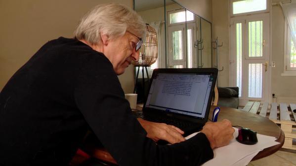 Cadavre exquis dans un quartier de Rouen : neuf auteurs confinés participent à l'écriture d'un roman