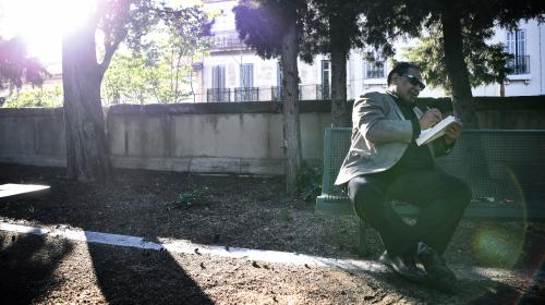 """Le romancier égyptien Alaa El Aswany à Marseille : l'étrange confinement de l'auteur de """"L'immeuble Yacoubian"""""""