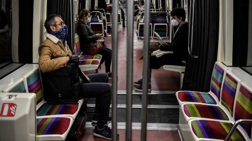 Coronavirus : cinq questions sur l'attestation obligatoire dans les transports publics d'Ile-de-France à partir de lundi