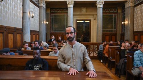 Aide aux migrants : l'agriculteur militant Cédric Herrou relaxé par la cour d'appel de Lyon