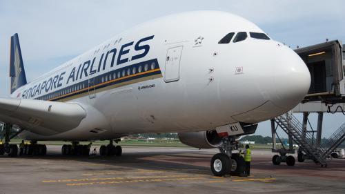 En Australie, le tout petit aéroport d'Alice Springs accueille les plus gros avions commerciaux, cloués au sol par le coronavirus
