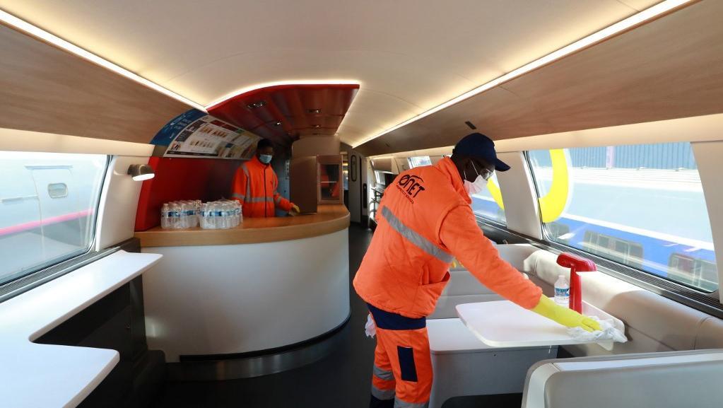 SNCF : les contrôleurs des TGV font respecter les consignes sanitaires