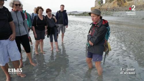 VIDEO. Petit cours pratique pour apprendre à s'extraire des sables mouvants dans la baie du mont Saint-Michel