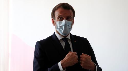 """Coronavirus : Emmanuel Macron a-t-il raison de dire que """"personne ne parlait des masques"""" début mars ?"""