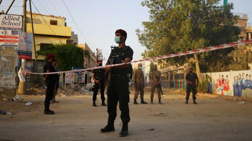 Pakistan : le bilan du crash d'un Airbus à Karachi atteint désormais au moins 97 morts