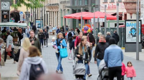 DIRECT. Coronavirus : l'Allemagne prolonge ses règles de distanciation jusqu'au 29 juin