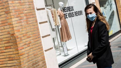 """Déconfinement : malgré un """"rebond"""" de la consommation en France depuis le 11 mai, la récession va s'amplifier, selon l'Insee"""