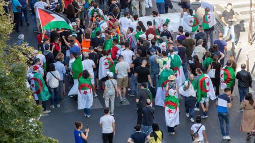 L'Algérie rappelle son ambassadeur en France après la diffusion de documentaires télévisés sur le Hirak