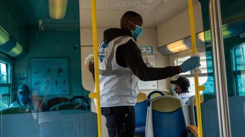 Le billet sciences. Coronavirus : comment assurer la sécurité des usagers dans les transports ?