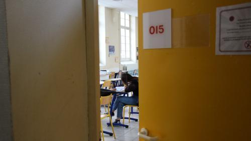 """Réouverture des lycées: """"On aura plutôt des retours partiels d'élèves à compter de jeudi et vendredi, voire de la semaine d'après"""""""