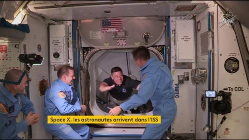 VIDEO. SpaceX : revivez l'entrée des astronautes Bob Behnken et Doug Hurley dans la Station spatiale internationale
