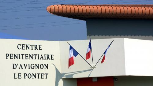 """Covid-19: """"Le centre pénitentiaire d'Avignon-Le Pontet est devenu un cluster"""", dénonce FO après la découverte de quatrecas"""