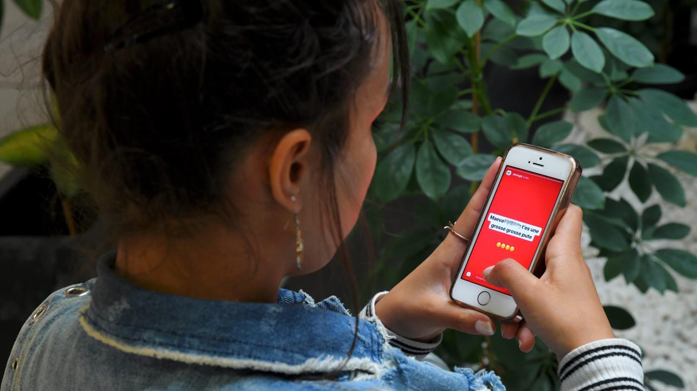 """""""Si j'avais été plus faible, je pense que je me serais suicidée"""" : une vingtaine de femmes portent plainte pour harcèlement sur le réseau social Curiouscat"""