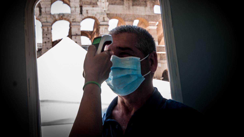 Le nouveau coronavirus n'est pas devenu moins pathogène, avertit l'OMS