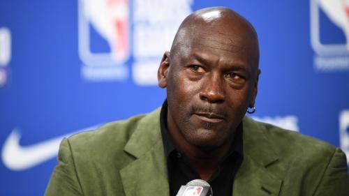 """DIRECT. Mort de George Floyd : """"en colère"""", Michael Jordan dénonce le """"racisme enraciné"""" aux Etats-Unis"""